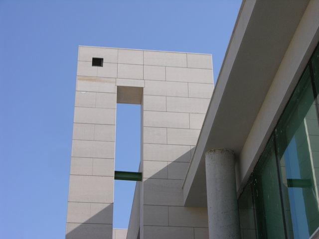 Proyecto arquitectonico edificio Bioclimatico 6